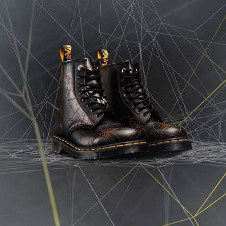 Spider Web-Printed Boots