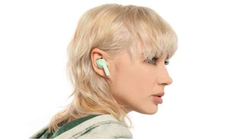 Location-Tracking Earbuds