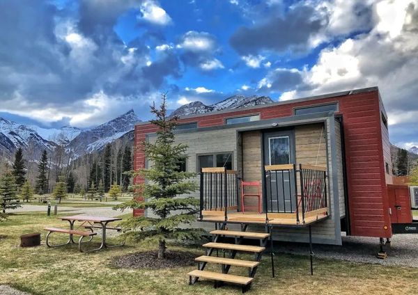 Glamping Tiny House Rentals