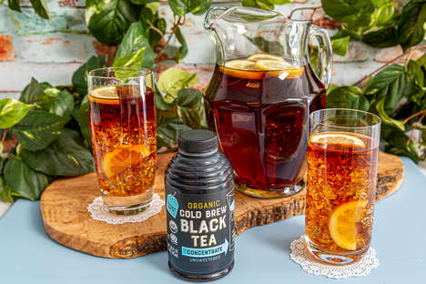 Concentrated Cold Brew Teas - Trader Joe's Organic Cold Brew Black Tea Concentrate is Summer-ready