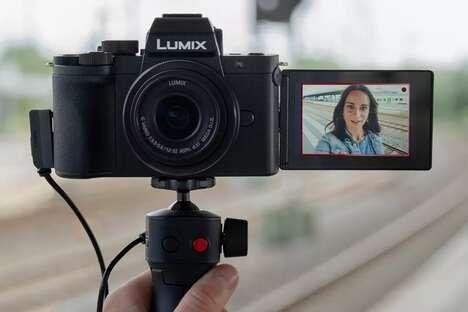 Mirrorless Compact Vlogging Cameras