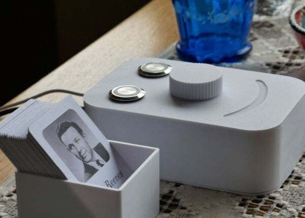 RFID-Enabled Music Players