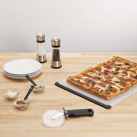 Ergonomic Nonstick Pizza Cutters