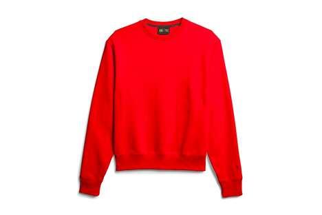 Singer-Designed Comfort Clothes
