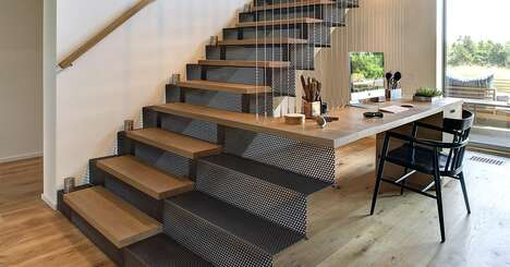 Extended Staircase Workstations