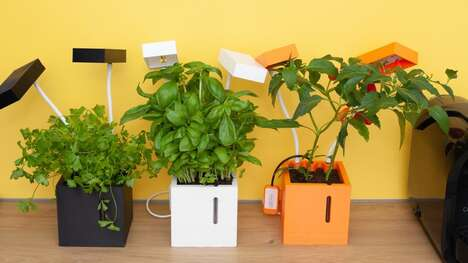 Customizable Indoor Smart Gardens