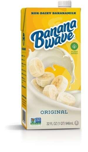 Fruit-Based Oat Milk Beverages