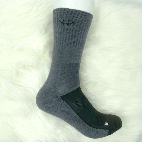 Temperature-Regulating Winter Socks