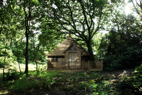 Tip-Top Treehouses - Escape Lodges Luxury Hotel Sheds Make Fancy Forest Dwellings