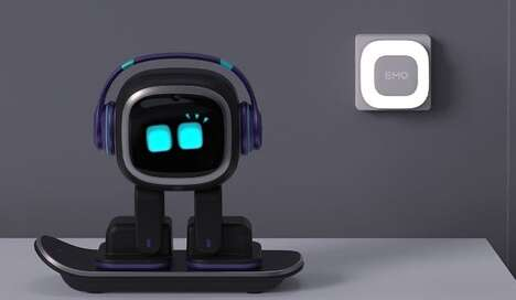 Cute Desktop Companion Robots
