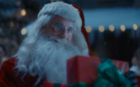 Year-Referencing Holiday Ads