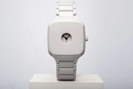 Enclosed Minimalistic Timepieces