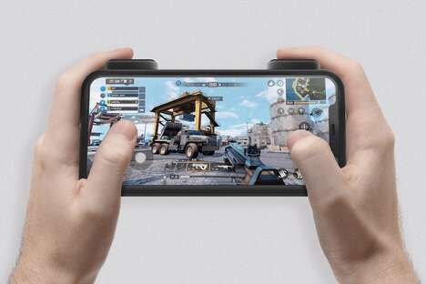 Minimalist Mobile Gamer Controllers