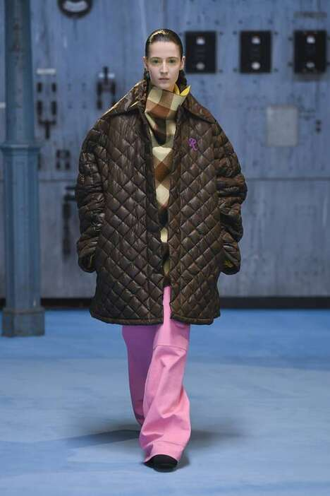 Baggy Avant-Garde Fall Fashion