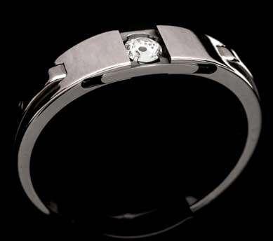 Mechanical Diamond Rings