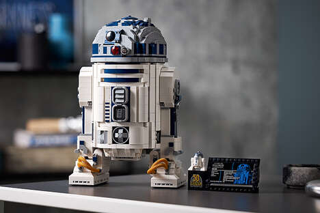 Celebratory Droid Building Sets