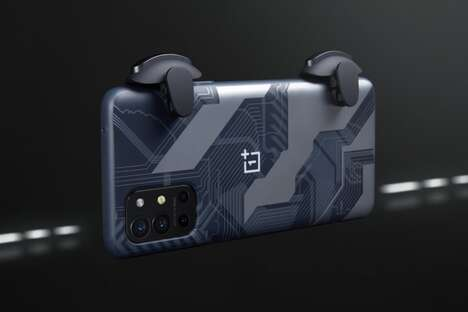Trigger-Style Smartphone Controllers