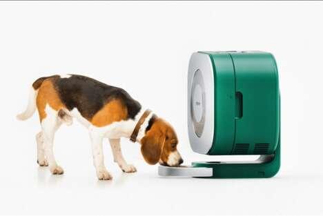Portable Refrigerating Pet-Food Dispensers