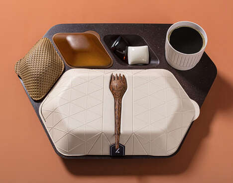 Eco-Friendly Airplane Meal Trays