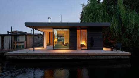 Serene Single-Storey Floating Houses