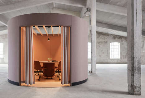 Collaborative Workplace Meeting Pods