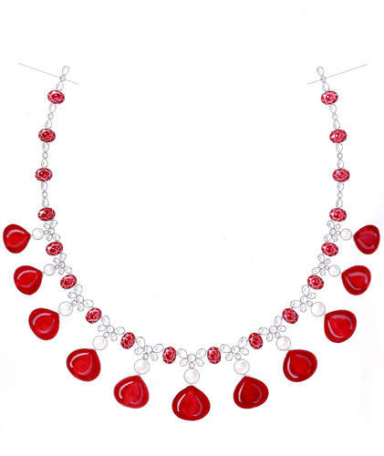 Van Cleef & Arpels Launch Coral Hued Collection Just for China