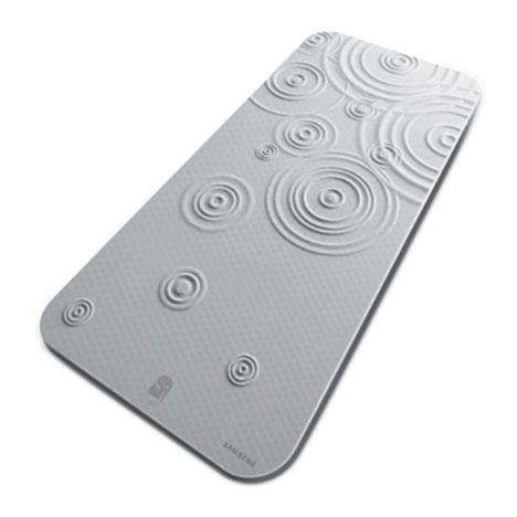 Water-Saving Bath Mats - Intelligent Design Shuts Off Shower When You're Soaping Up