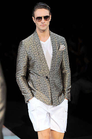 Stylish Semi-Suits - S/S '10 Menswear Pairs Blazers With Shorts on the Runways