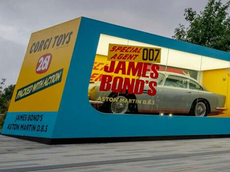 Spy Film-Inspired Boxcars