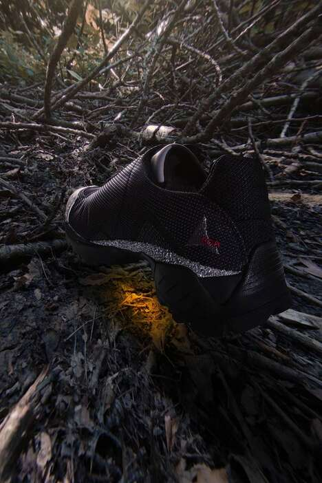 Functional Patterning Running Shoes