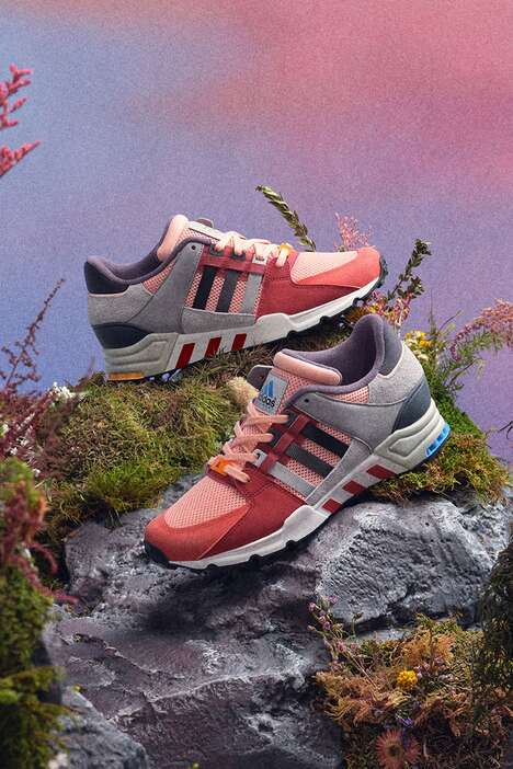 90s-Themed Mountain Runners