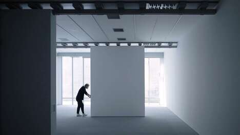 Light-Controlled Exhibition Spaces