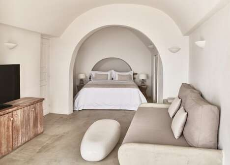 Modern Cycladic Seaside Retreats