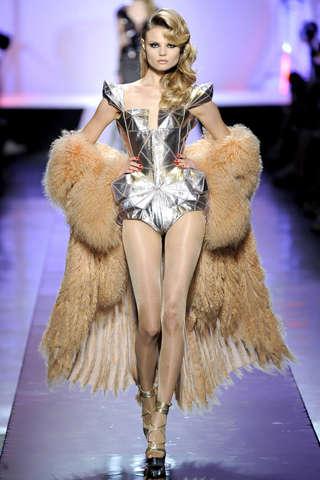 Femmes Fatales Fashion