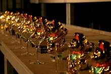 Musical Glass Playing Cats - Sillyconductor Uses 60 Maneki Neko and Wine Glasses