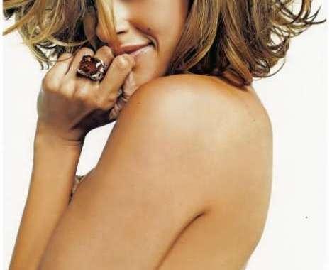 12 Sexy Eva Mendes Shoots