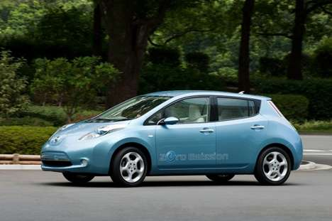 2010 Nissan Leaf Electric Car Delivers With Space & Speed