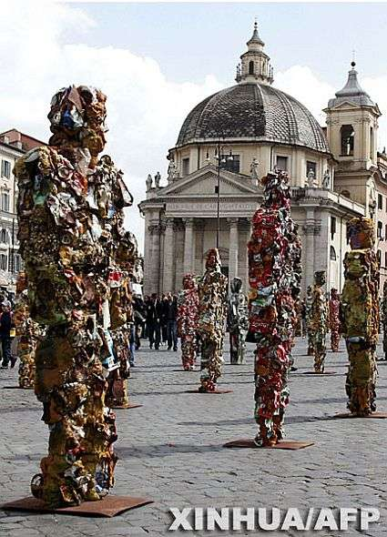 Garbage As Art - German Artists Create 1000 Statues From Domestic Refuse