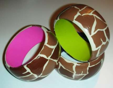 DIY Bracelet Painting - Raw Wood Bangles Make the Perfect Canvas for Creative Jewelry Lovers