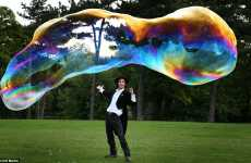 Mammoth Soap Bubbles - Bubbletologist Samsam Bubbleman is a Solution Specialist