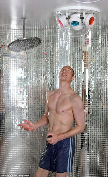 Singing Disco Showers