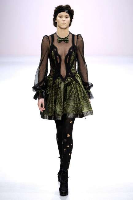 Peek-A-Boo Victorian Punk - Bora Aksu Shows Flashes of Skin for Fall '09