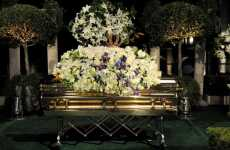 Virtual Grieving - Blogosphere Seeks Solace Through Michael Jackson Burial Video