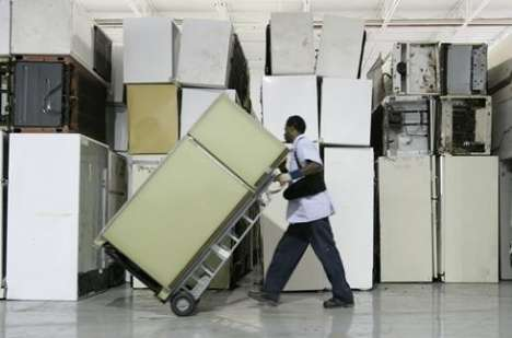 Incentives for Appliance Upgrades - Cash for Kitchen Clunkers Gives Rebates for Old Fridges