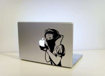 Gangsta Fairytale Stickers - 'Snow's Revenge' Gives Your Macbook Street Cred