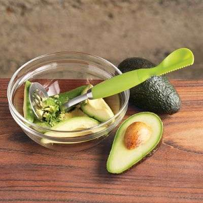Crafty Avocado Peelers