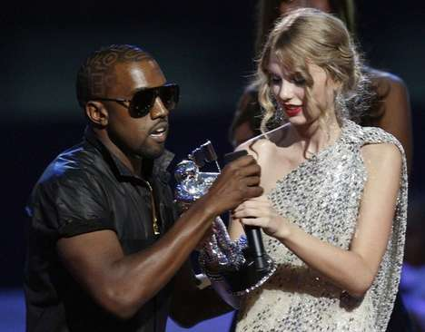 Award Crashers - Kanye West Ruins Taylor Swift VMA Moment