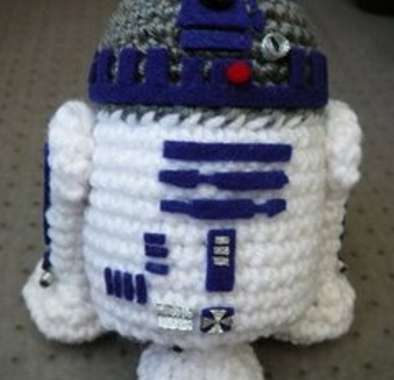 10 Tributes to R2-D2