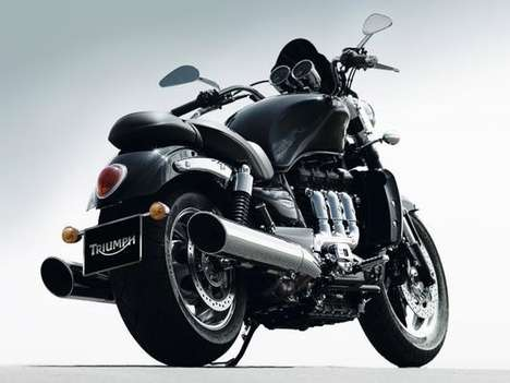 Overstocked Motorcycles - Already 2,294cc, 2010 Triumph Rocket 3 Gets 15% More Torque