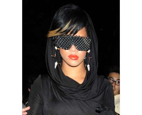 14 Rihanna Fashion Features